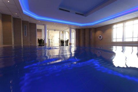 Hilton Bonn - Pool