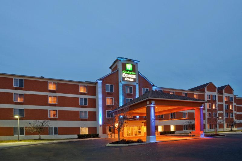 Holiday Inn Express & Suites ANN ARBOR - Ann Arbor, MI