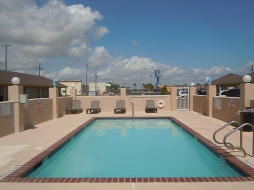 Port Isla Inn - Port Isabel, TX