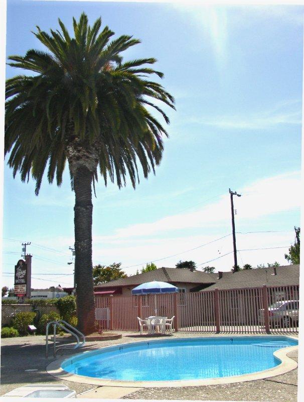 The Hitching Post Motel - Santa Cruz, CA