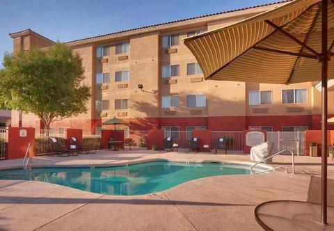 Fairfield Inn & Suites Albuquerque Airport - Outdoor Pool