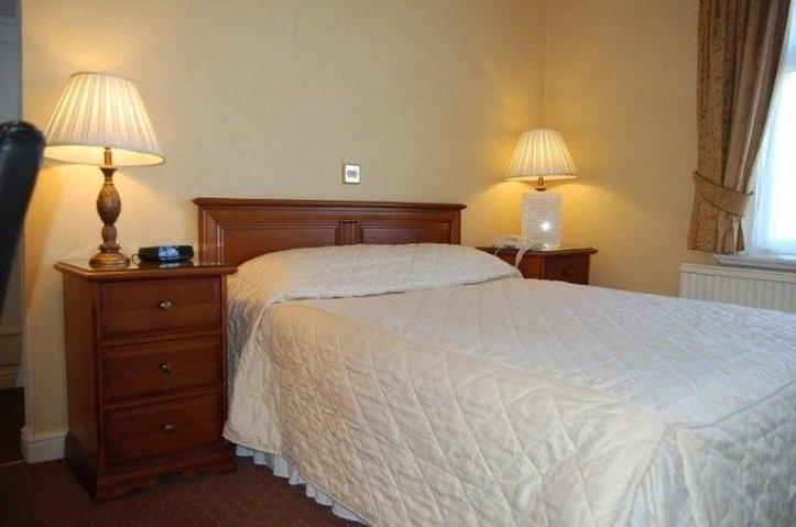 Lennox Lea Hotel Chambre