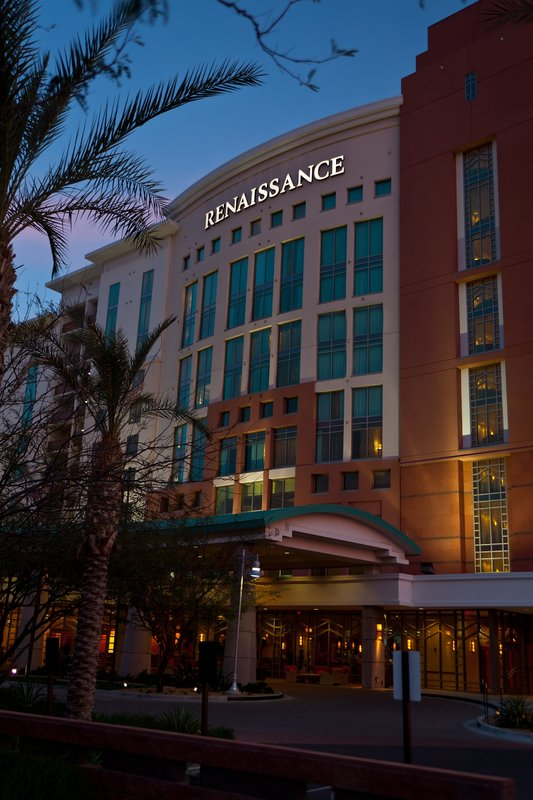 Renaissance Glendale Hotel and Spa 外観
