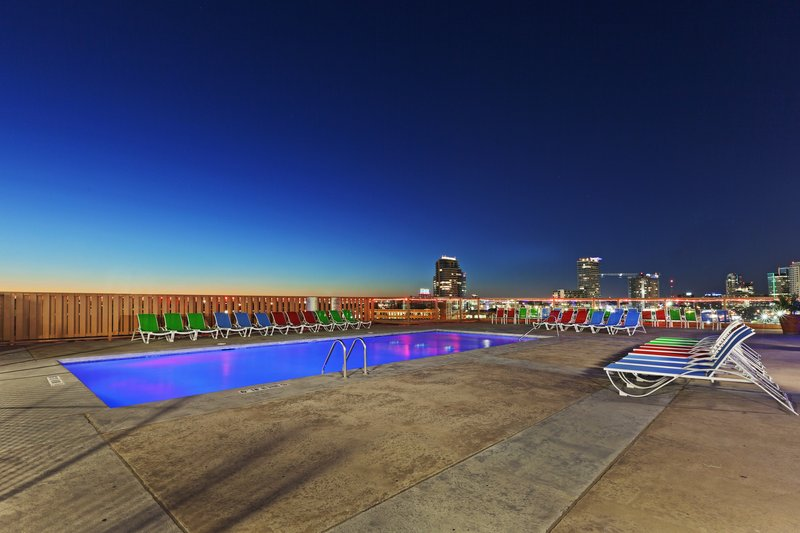 Crowne Plaza Hotel Dallas Downtown Vista da piscina