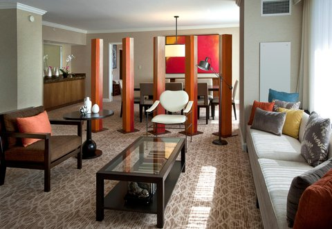 J.W. Marriott Denver At Cherry Creek Hotel - Presidential Suite Parlor
