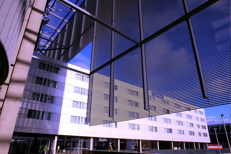 Tulip Inn Düsseldorf Arena Set udefra