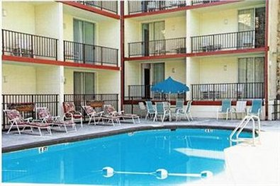Reagan Resorts Inn - Pool