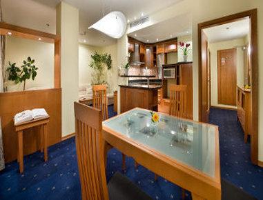 Ramada Prague City Centre - Suite