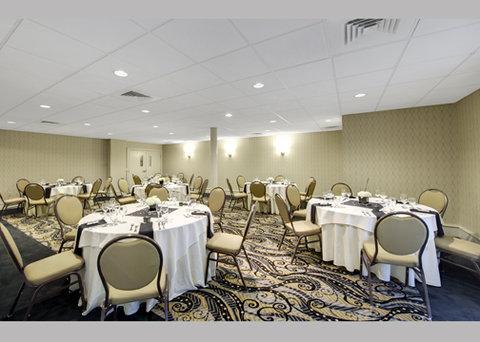 Fairfield Inn & Suites Keene Downtown - Banquet Room
