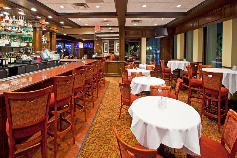 Doubletree By Hilton Hotel Jacksonville Riverfront - Jacksonville, FL