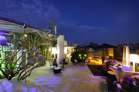 فندق كلاريس جي إل - La Terraza del Claris
