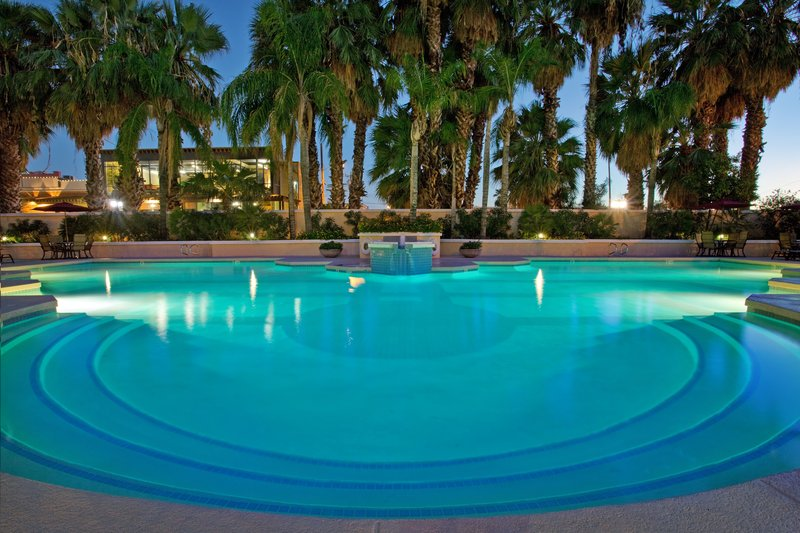 Crowne Plaza Resort San Marcos Golf Resort Poolansicht