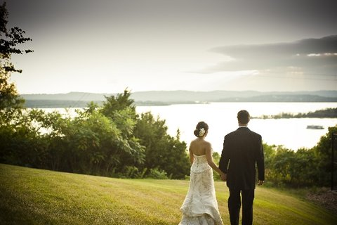 Chateau on the Lake Resort and Spa - Sunset Ceremony