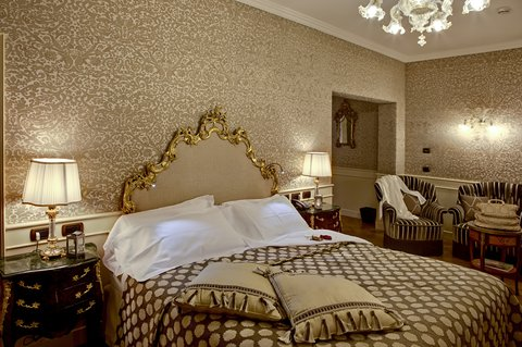 Grandhtl Majestic Gia Baglioni - Junior Suite - eighteenth century French style