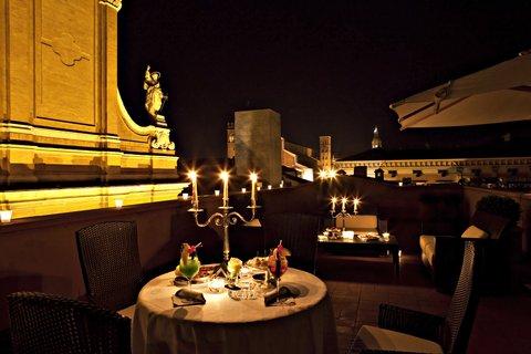 Grandhtl Majestic Gia Baglioni - Art Dec Terrace Suite Night View