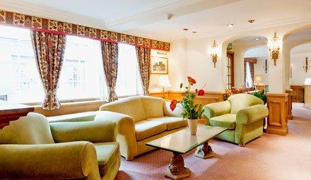 Buckingham Villiers Hotel Baari/lounge