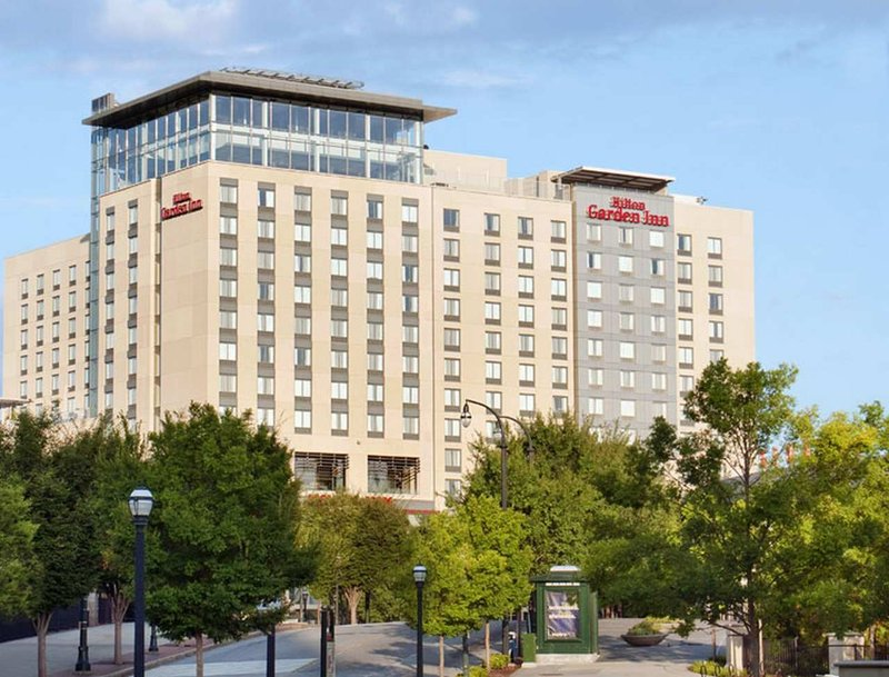 Hilton Garden Inn Atlanta Downtown Exterior view