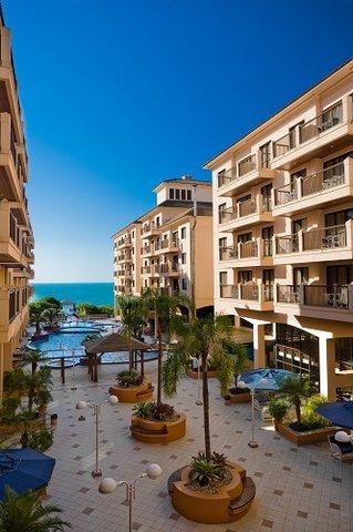 Jurere Beach Village Hotel - Exterior