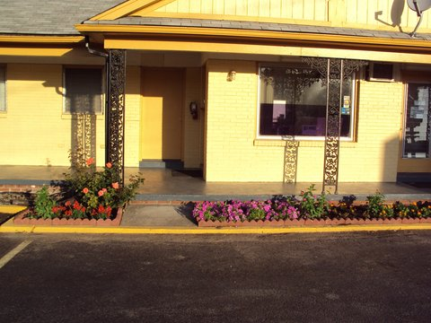Sunrise Inn Brownsville - Other Hotel Services Amenities