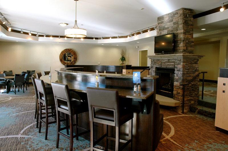 Holiday Inn Express MONTICELLO - Monticello, AR