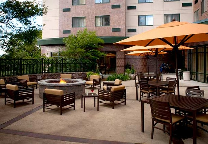 Courtyard by Marriott Boston Waltham Vista esterna