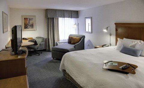 Hampton Inn Danbury - Accessible King Room