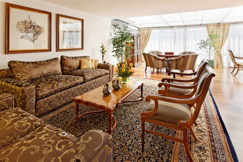 Crowne Plaza Hotel Santiago Suite