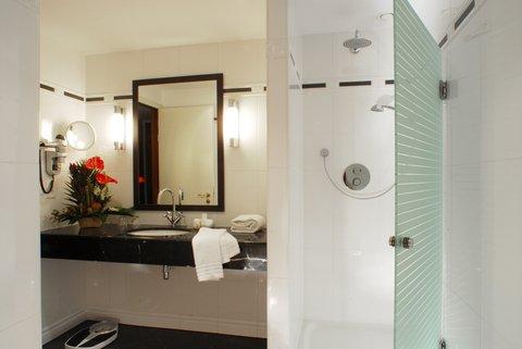 Marivaux Hotel - Bathroom