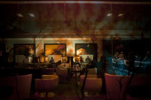 Plaza on the River, London - Chinon Latino Restaurant   Bar