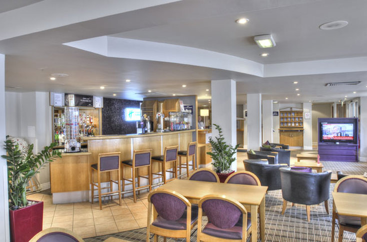 Holiday Inn Express Edingburgh-Waterfront Bár/lounge