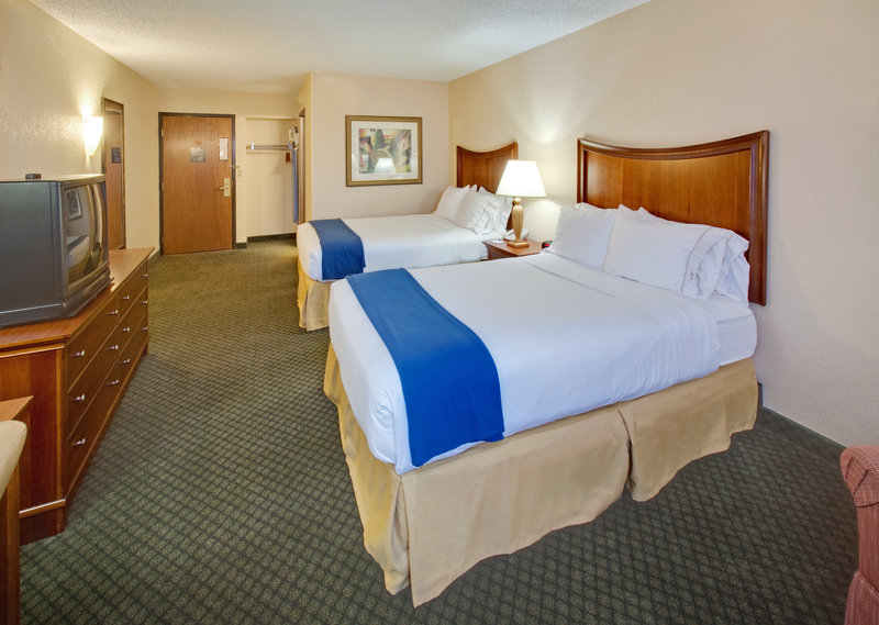 Holiday Inn Express Chicago-Downers Grove Huonenäkymä