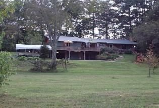 Gray Wolf Mountain Inn - Brasstown, NC