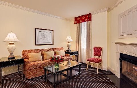 French Quarter Inn - Newly Redesigned Guest Rooms