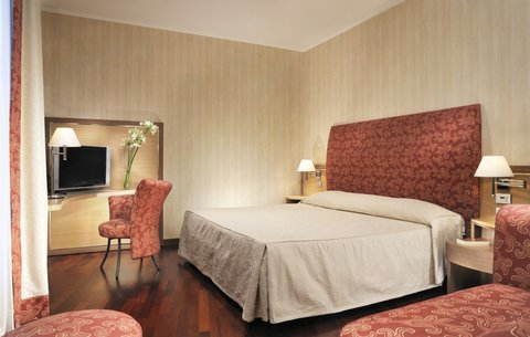 Poli Hotel - Guest Room