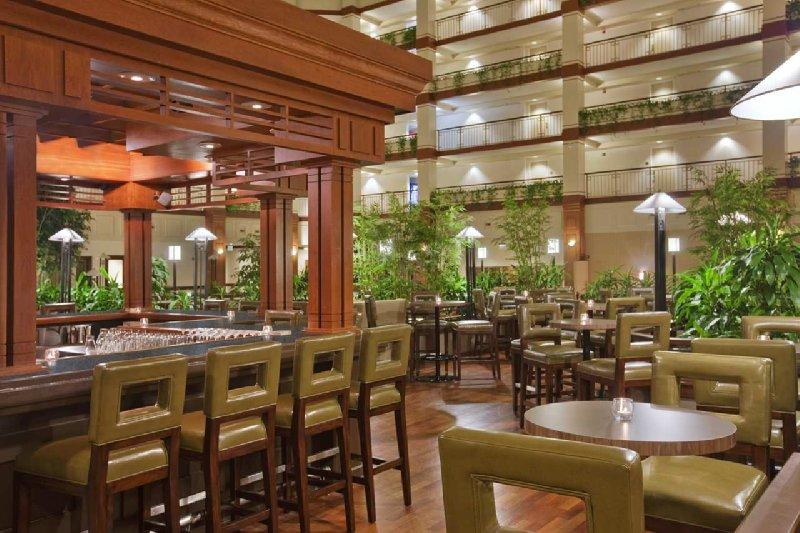 Restaurants Near Hilton Auburn Hills