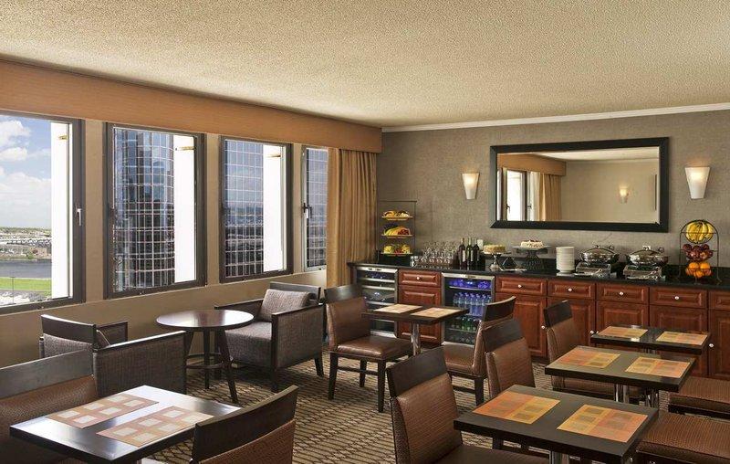 Hilton Newark Penn Station Bar/Lounge