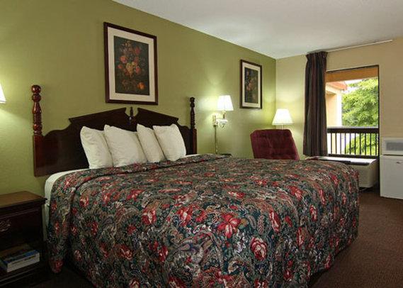 Country Hearth Inn Stockbridge - Stockbridge, GA