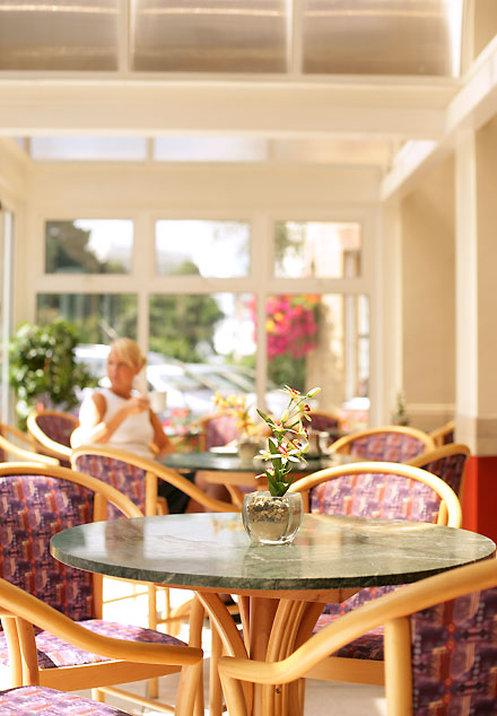 Elstead Classic Hotel Bar/lounge
