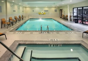 Courtyard Hotel Warwick Ri See Discounts
