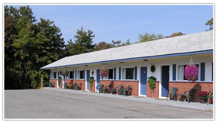 Bucksport Motor Inn