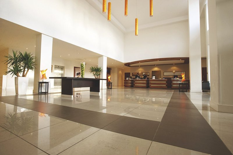 Radisson Blu Hotel, Dublin Airport Hala