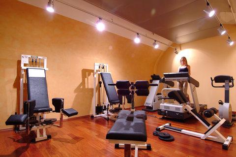Mamaison Residence Izabella Budapest - Fitness Centre