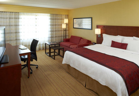 Courtyard Albany Thruway - Accessible Guest Room