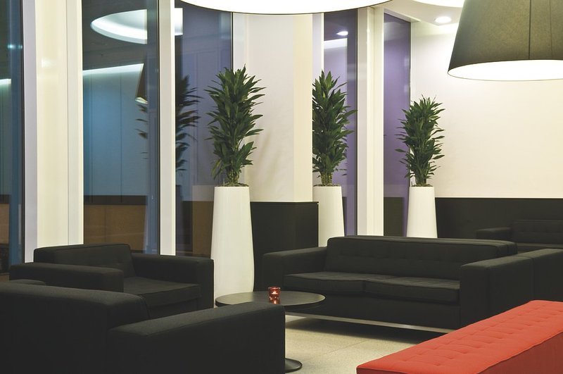Park Inn By Radisson Brussels Midi Lobby
