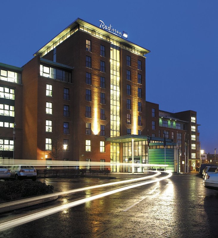 Radisson Blu Hotel Belfast Vista exterior