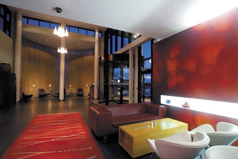 Radisson Blu Hotel Belfast Lobby