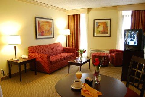 Park Inn by Radisson Dallas-Love Field, TX - Suite