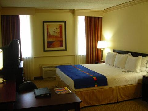 Park Inn by Radisson Dallas-Love Field, TX - Guest Room