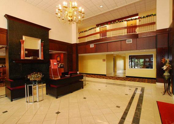 Comfort Inn - Colonial Heights, VA