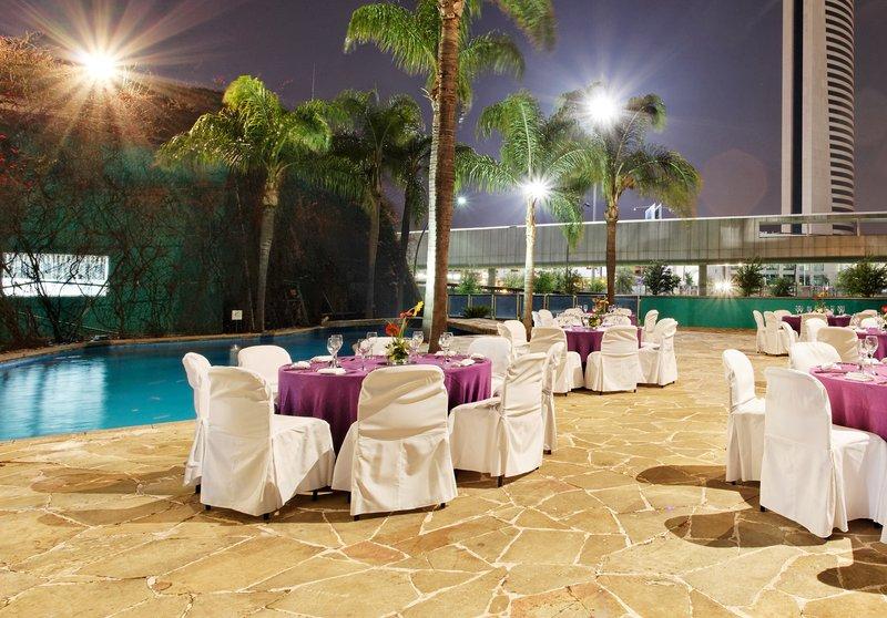 Holiday Inn Monterrey-Parque Fundidora Sala convegni